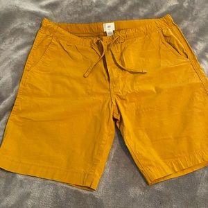 H&M Mustard yellow shorts